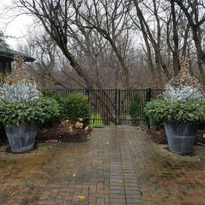 Holiday Tapered Hudson Planters