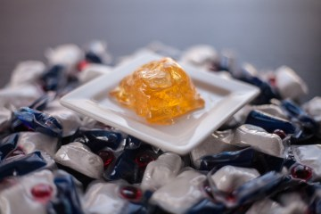 "Nick Britsky's Tide Pod cocktail in a ""blown"" sugar pod."
