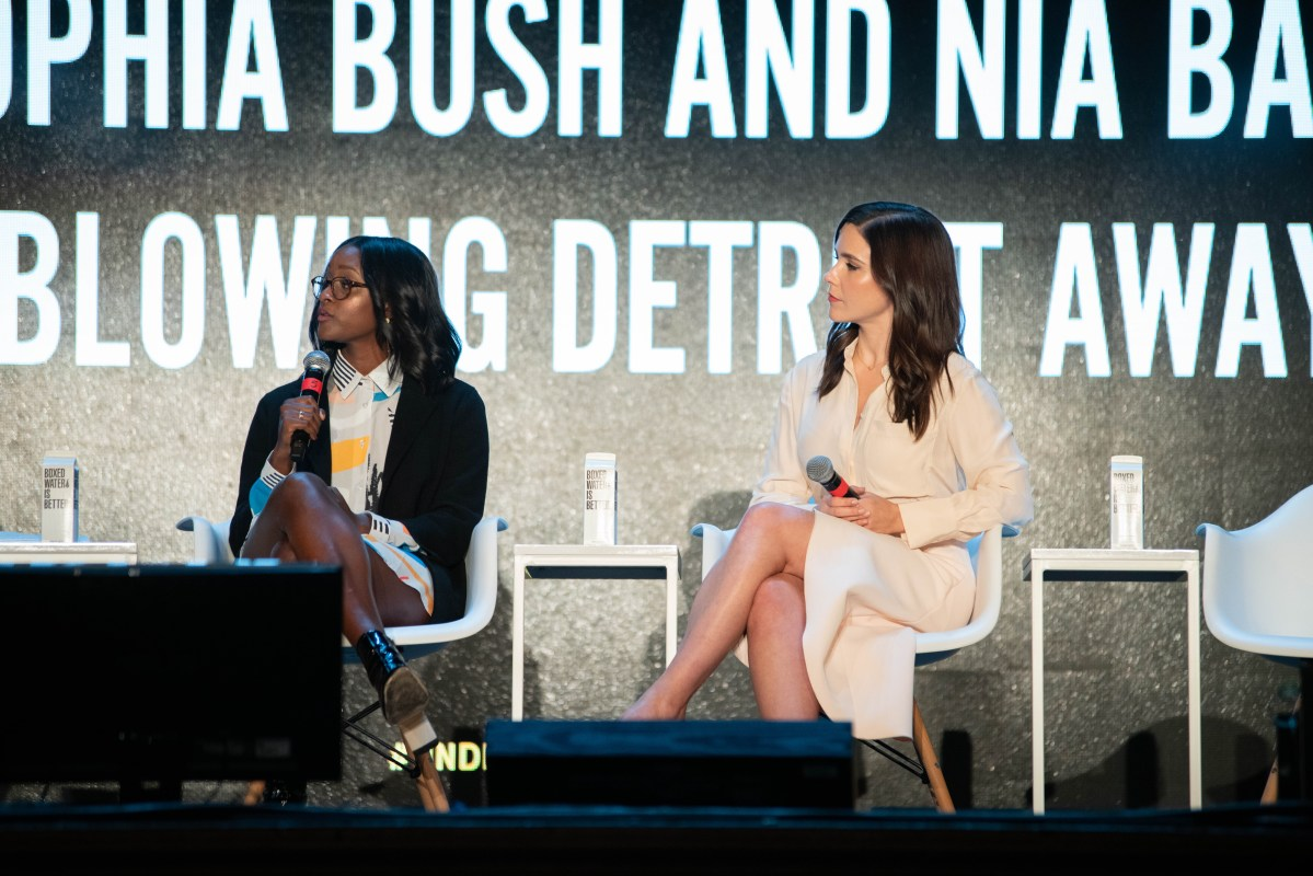 NIA BATTS AND SOPHIA BUSH FOR DETROIT BLOWS PHOTO ACRONYM