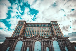 MICHIGAN CENTRAL STATION. PHOTO ACRONYM