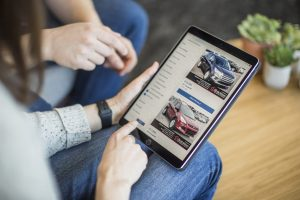 ONLINE CAR SHOPPING IS THE NEW FUTURE