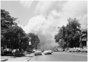 AN IMAGE FROM THE 1967 DETROIT RIOTS. PHOTO FROM MOCAD / SHOT BY LENI SINCLAIR