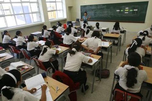 proponen-que-se-ensene-quechua-en-todos-los-colegios-del-pais
