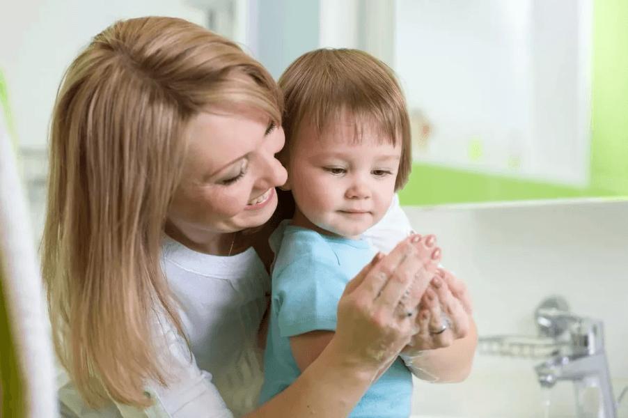 Как уберечь ребенка от желудочно-кишечных заболеваний