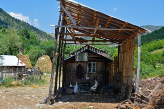 Gården til familien Dulellari.