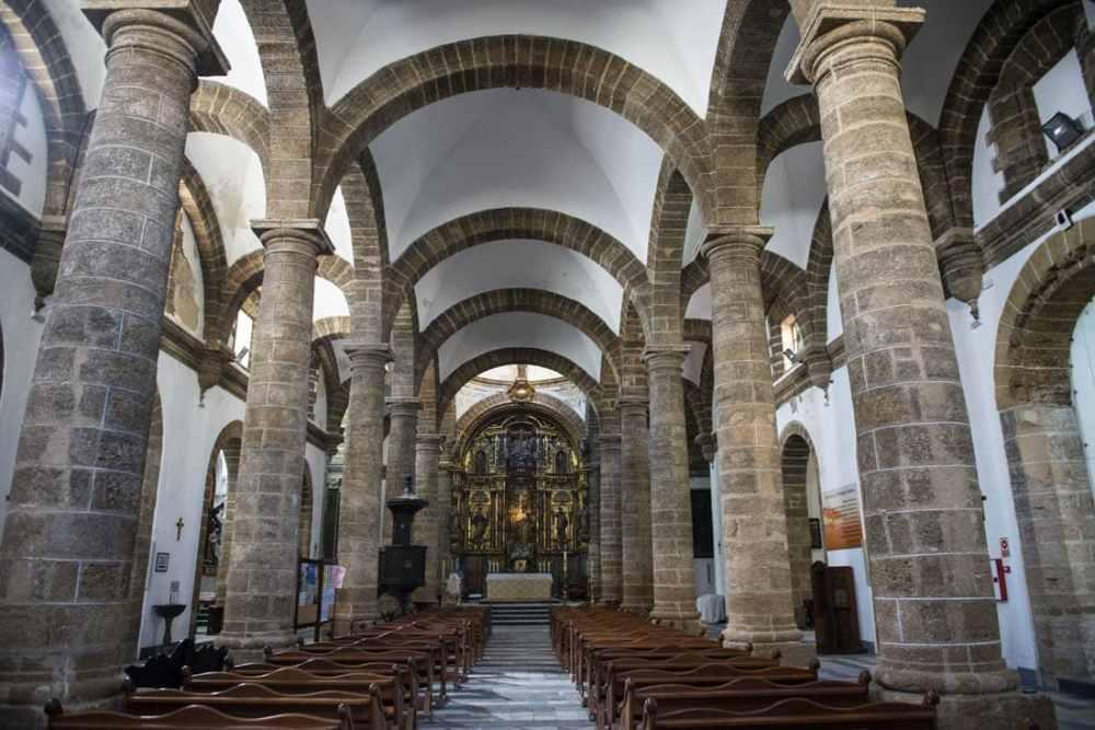 Iglesia de Santa Cruz i Cadiz