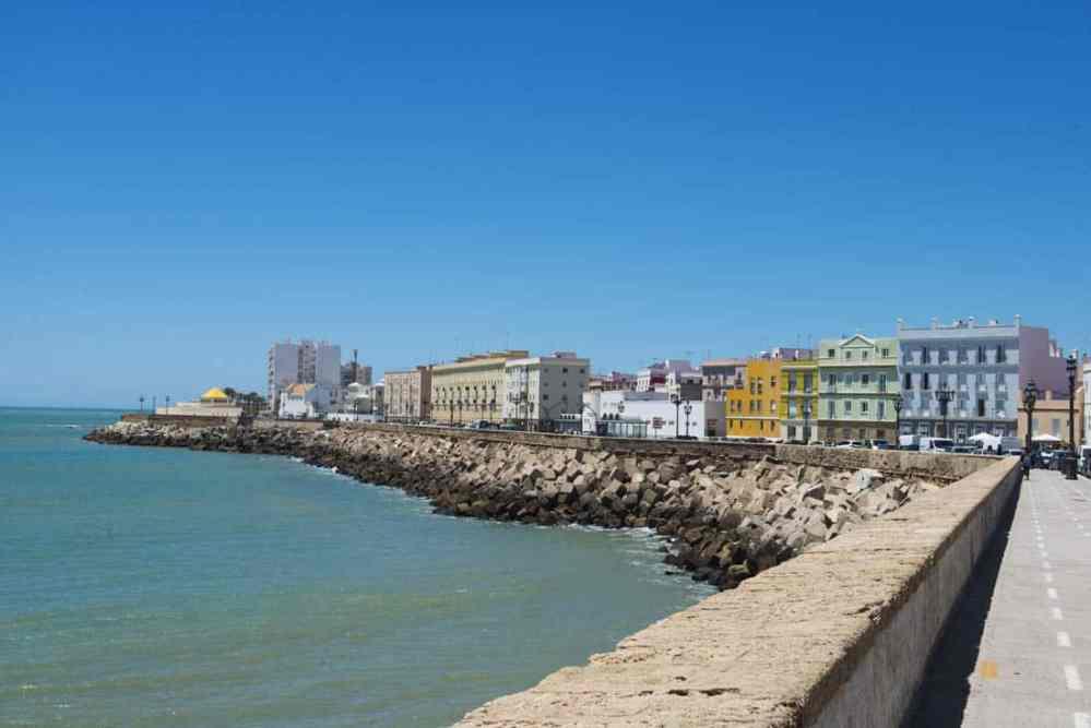 Havnepromenaden i Cadiz