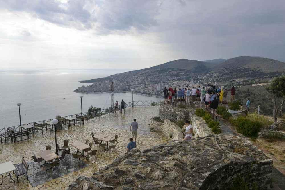 Lekuresi borg er en severdighet i Saranda Albania