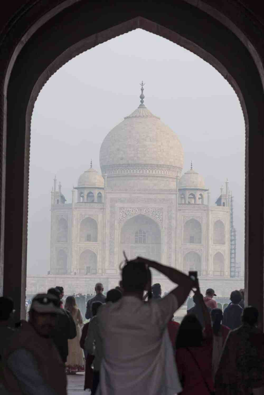 Taj Mahal sett fra Darwaza-i Rauza