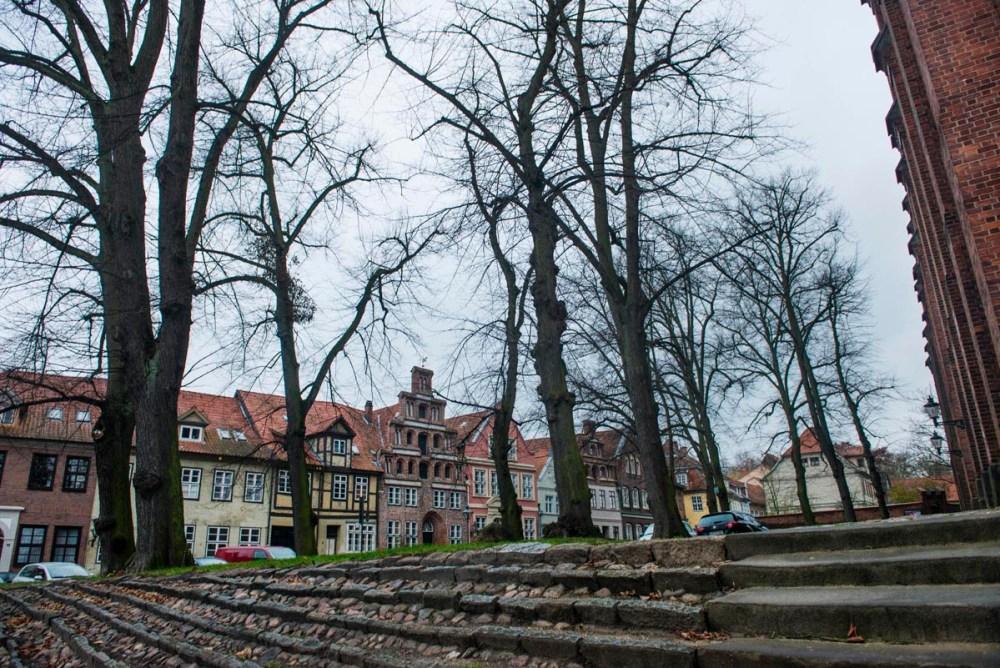 Ved St Michaeliskirche i Lüneburg