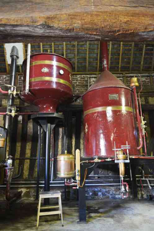 Destillasjonsapparater i Calvados.