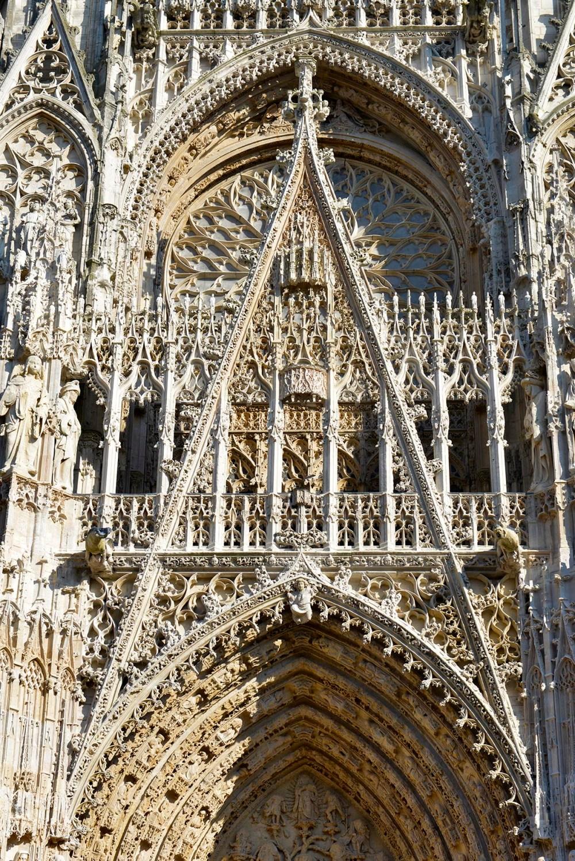 Fasade på katedralen i Rouen