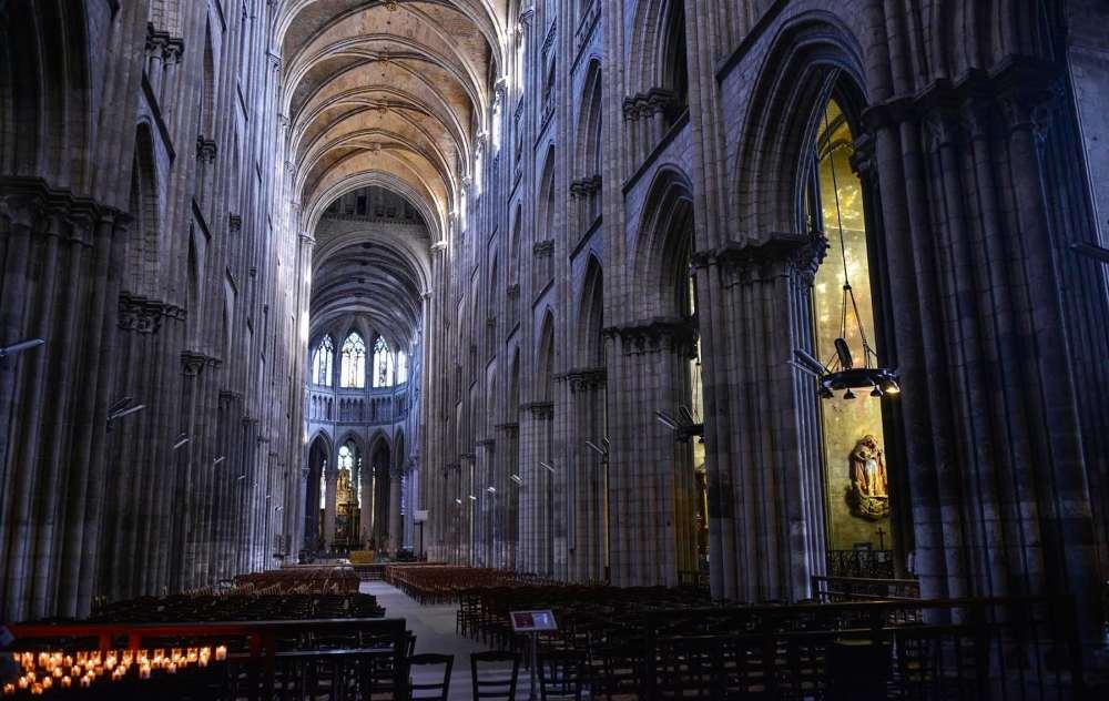 Sideskip i katedralen i Rouen