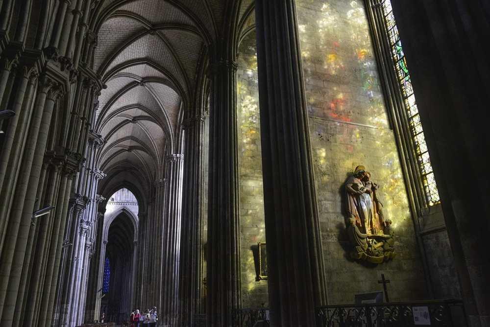 Inni katedralen i Rouen