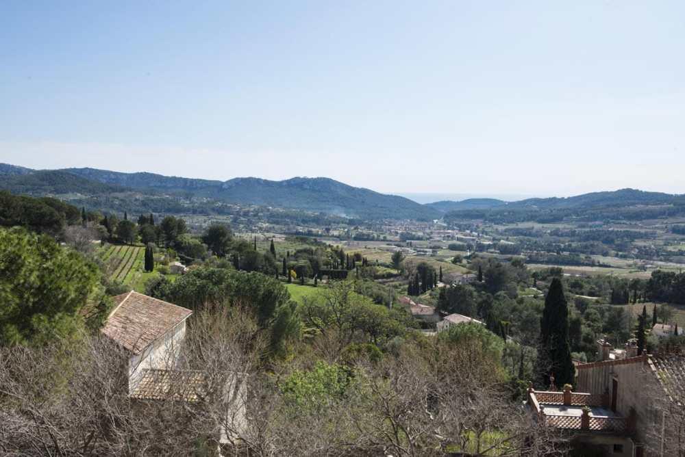 Utsikt fra Le Castellet i Provence