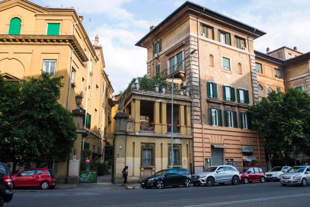 Gate i Roma utenfor sentrum