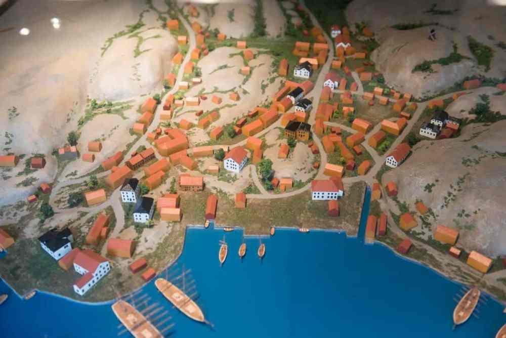 Modell av Grimstad på Henrik Ibsens tid