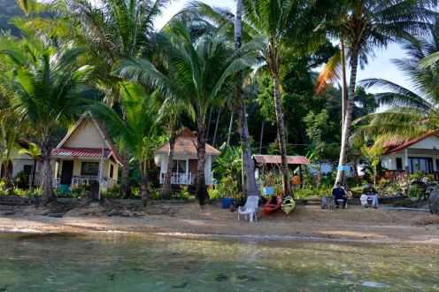 Bungalows på Koh Wai, en øy nesten uten turister i Thailand