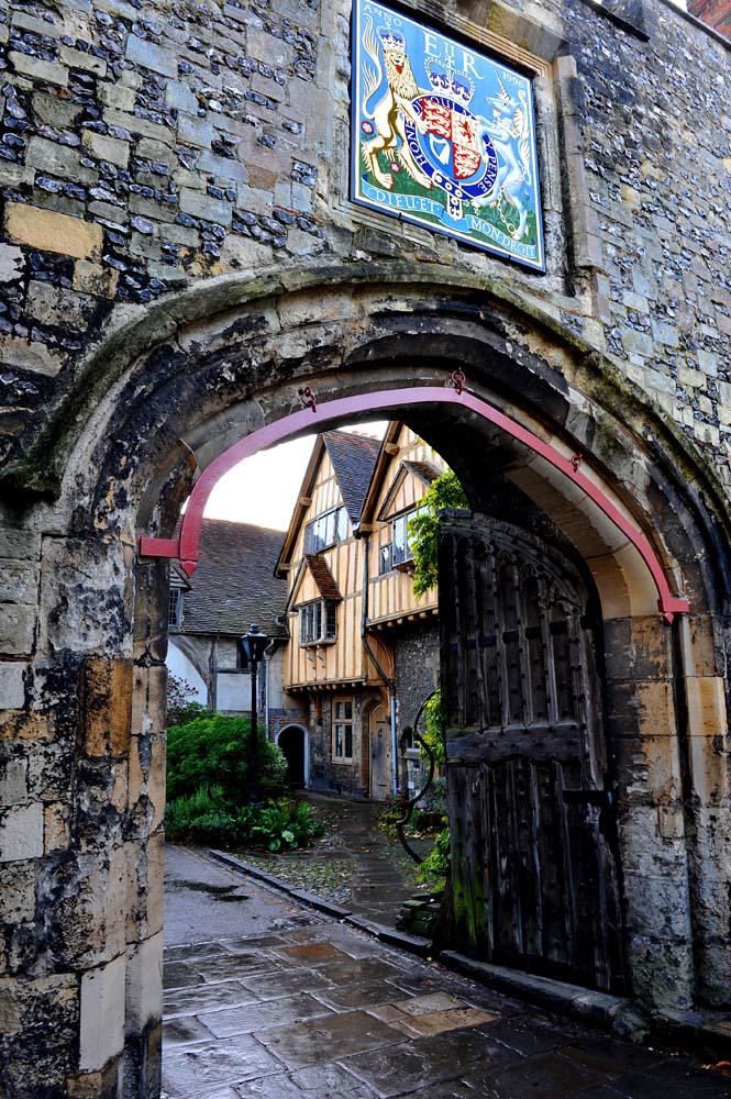 Priory Gate i Winchester