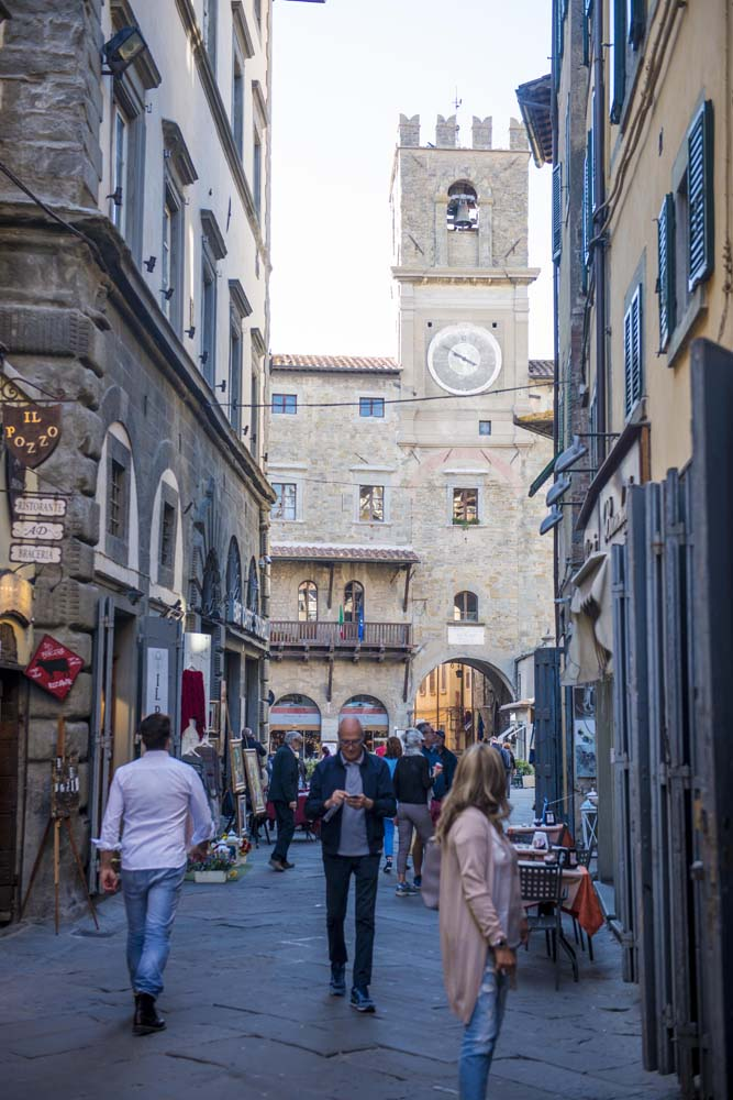 Via Nazionale og Palazzo Comunale i Cortona