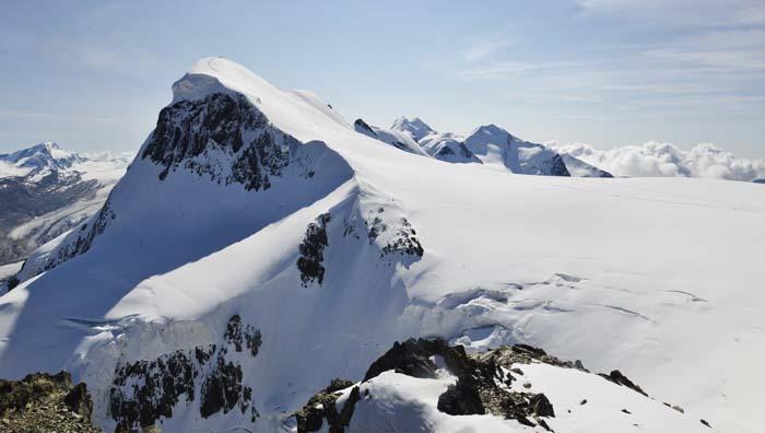 Breithorn sett fra toppen av gondolbanen opp til Klein Matterhorn