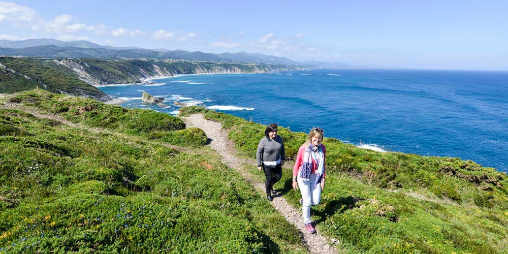 Kystnatur vestover fra Cabo Vidio i Asturias