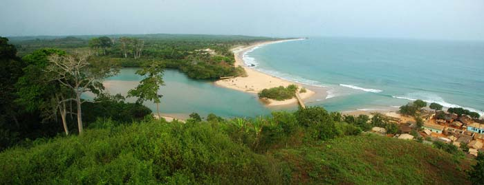 Panoramabilde over Butre Beach i Ghana