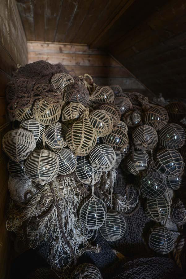 Glasskuler brukt til fiskenot