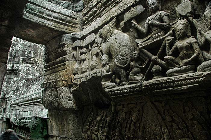 Utsmykninger og ansikt i tempelet Bayon