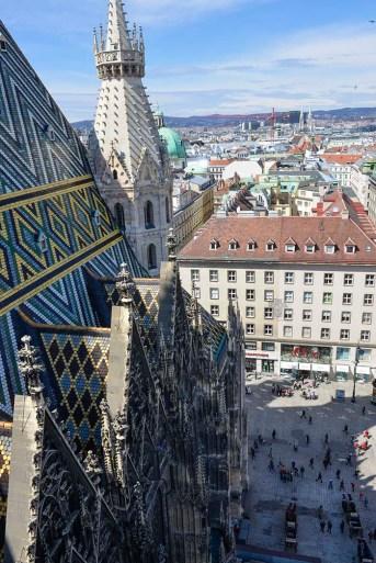 Utsikt fra tårnet i Stefansdomen i Wien