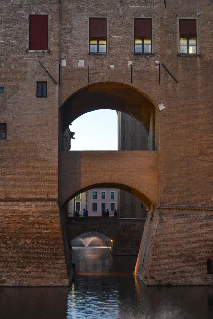 Bro på Castello Estense