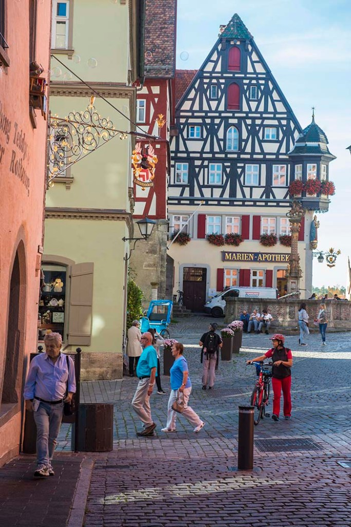 Hus ved Marktplatz i Rothenburg ob der Tauber