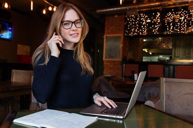 Mulheres bem sucedidas podem falar também com outros países