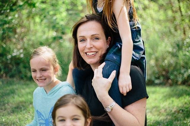 Quem é a Mamãe Total e o que ela faz pela diversão dos filhos