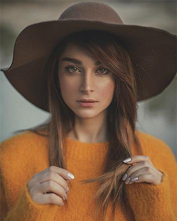 Quando e como a mulher pode usar chapéu em público