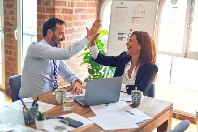 10 ideas para el compromiso de los empleados (que realmente funcionan) en 2021