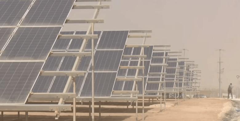 بتمويل من ألمانيا .. افتتاح أكبر محطة للطاقة الشمسية داخل مخيم الزعتري للاجئين السوريين ( فيديو )