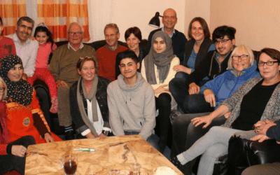 صحيفة ألمانية : سوريون و ألمان يعيشون و يحتفلون معاً في مثال رائع للاندماج
