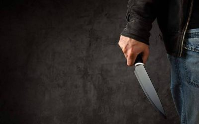 ألمانيا : سوري يتمكن من مقاومة عنصري حاول طعنه بسكين في هذه المدينة
