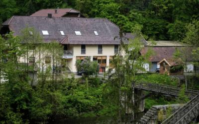 ألمانيا : العثور على 3 ج. ـثث داخل غرفة فندق في هذه المدينة وسط ظروف غامضة