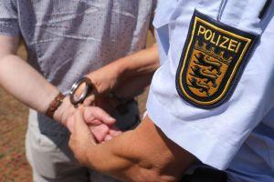 ألمانيا : اعتقال سوريين هددا مواطنهما لرفعه بلاغاً ضدهما