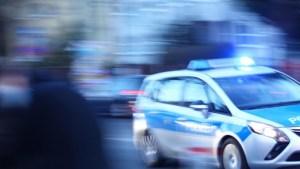 صحيفة : رجل يفسد عيد ميلاد في برلين .. شتم و بصق و أدى تحية نازية !