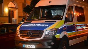 ألمانيا : أب يعثر على ابنته ميتة في المنزل .. و الشرطة تبحث عن صديقها