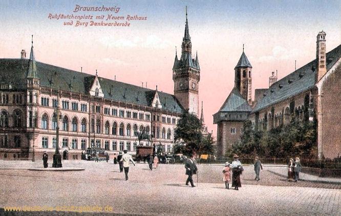 Braunschweig, Ruhfäutchenplatz mit Neuem Rathaus und Burg Dankwarderode