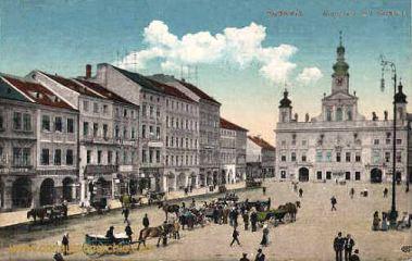 Budweis, Ringplatz mit Rathaus