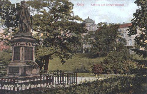 Celle, Schloss und Kriegerdenkmal