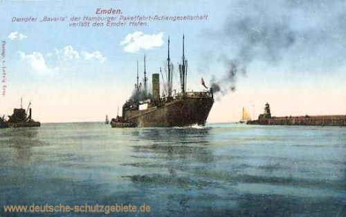 Emden, Dampfer Bavaria der Hamburger Paketfahrt-Aktiengesellschaft verläßt den Emder Hafen