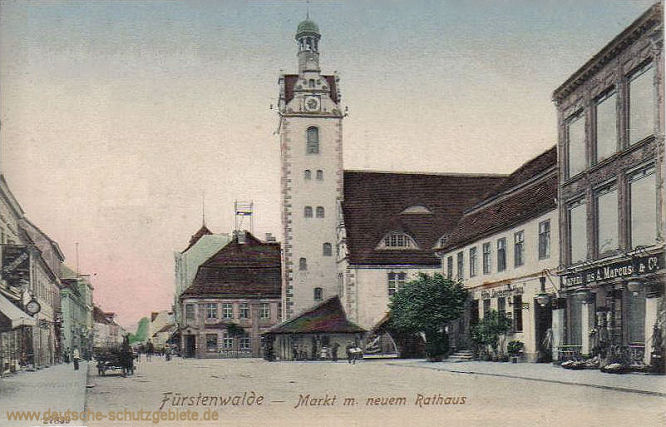 Fürstenwalde, Markt mit neuem Rathaus