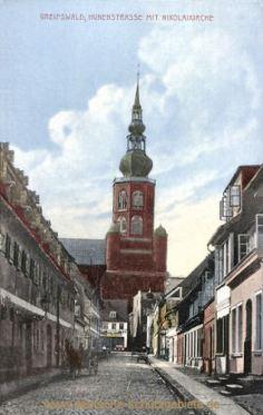 Greifswald, Hunenstraße mit Nikolaikirche