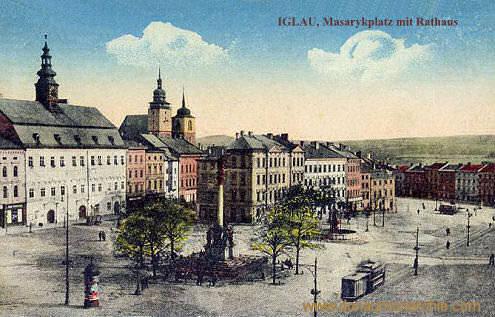 Iglau, Masarykplatz mit Rathaus